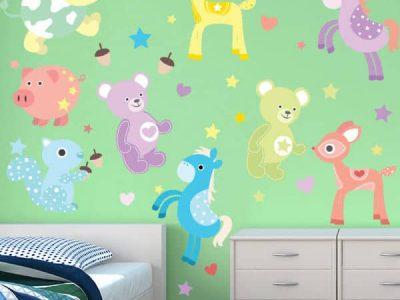 Cute Critters Reusable Wall Decor